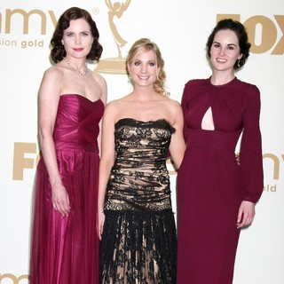 Elizabeth McGovern, Joanne Froggatt, Michelle Dockery in The 63rd Primetime Emmy Awards - Press Room