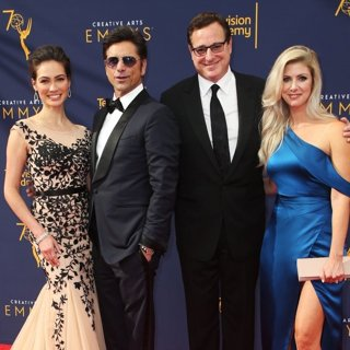 Caitlin McHugh, John Stamos, Bob Saget, Kelly Rizzo in 2018 Creative Arts Emmy Awards - Day 1 - Arrivals
