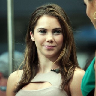 McKayla Maroney in McKayla Maroney to Appear on Entertainment News Show Extra