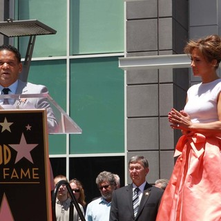 Benny Medina, Jennifer Lopez in Jennifer Lopez Is Honoured with The 2,500th Star on The Hollywood Walk of Fame