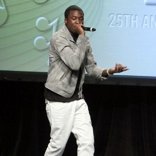 Meek Mill in 2012 ASCAP Rhythm and Soul Music Awards - Show
