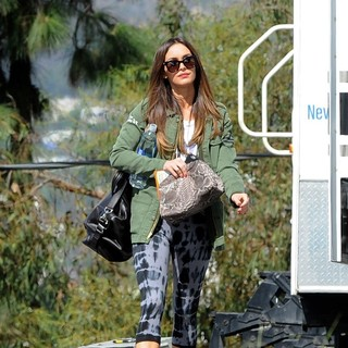 Megan Fox On The Set of New Girl