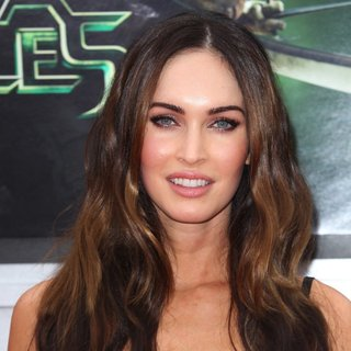 Megan Fox in Los Angeles Premiere of Teenage Mutant Ninja Turtles - Arrivals