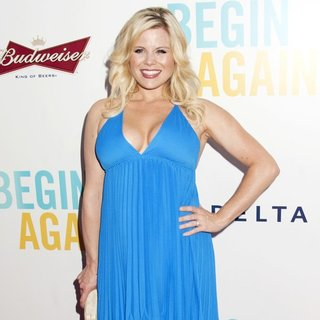 Megan Hilty in The New York Premiere of Begin Again - Arrivals