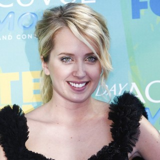 Megan Park in 2011 Teen Choice Awards
