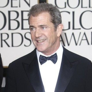 Mel Gibson in 70th Annual Golden Globe Awards - Arrivals