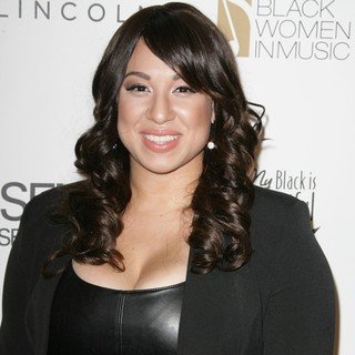 Melanie Amaro in 3rd Annual Essence Black Women in Music Event - melanie-amaro-3rd-annual-essence-black-women-in-music-event-01