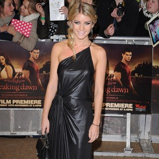 Melanie Slade in The Twilight Saga's Breaking Dawn Part I UK Film Premiere - Arrivals