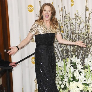 Melissa Leo in 84th Annual Academy Awards - Press Room