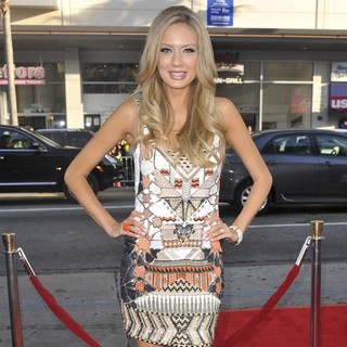 Melissa Ordway in The Los Angeles Premiere Ted - Arrivals
