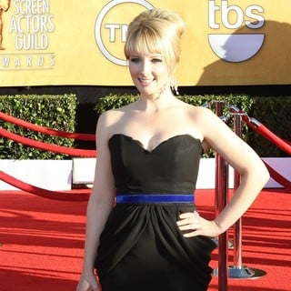 Melissa Rauch in The 18th Annual Screen Actors Guild Awards - Arrivals