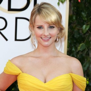 Melissa Rauch in 71st Annual Golden Globe Awards - Arrivals