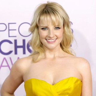 Melissa Rauch in People's Choice Awards 2013 - Red Carpet Arrivals