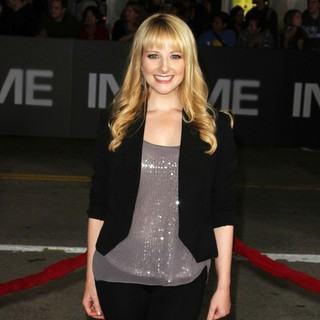 Melissa Rauch in The Premiere of In Time - Arrivals