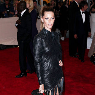 Gisele Bundchen in The Costume Institute Gala Benefit