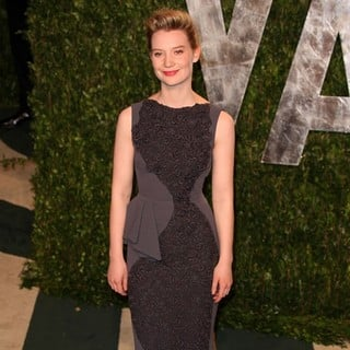 Mia Wasikowska in 2012 Vanity Fair Oscar Party - Arrivals