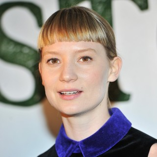 Mia Wasikowska in Gala Screening of Stoker - Arrivals