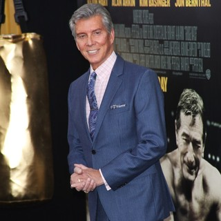 Michael Buffer in Grudge Match New York Screening - Red Carpet Arrivals