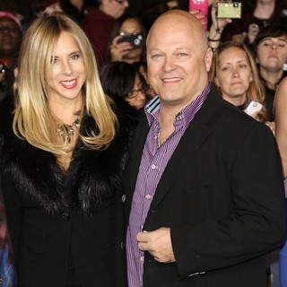 Michael Chiklis in The Premiere of The Twilight Saga's Breaking Dawn Part II