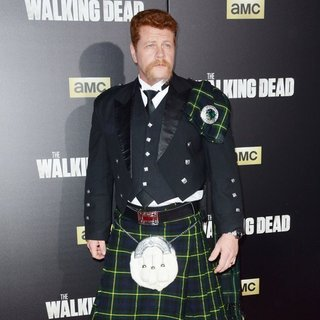 Michael Cudlitz in The Walking Dead Season 6 Premiere - Red Carpet Arrivals