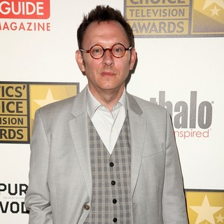 Michael Emerson in 2012 Critics' Choice TV Awards - Arrivals - michael-emerson-2012-critics-choice-tv-awards-02