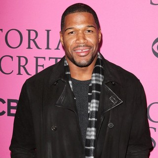 Michael Strahan in The 2012 Victoria's Secret Fashion Show