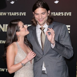 Lea Michele, Ashton Kutcher in Los Angeles Premiere of New Year's Eve