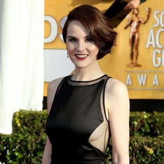 Michelle Dockery in 19th Annual Screen Actors Guild Awards - Arrivals - michelle-dockery-19th-annual-screen-actors-guild-awards-01