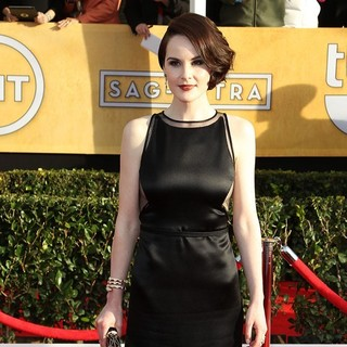 Michelle Dockery in 19th Annual Screen Actors Guild Awards - Arrivals - michelle-dockery-19th-annual-screen-actors-guild-awards-02
