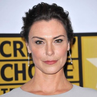 Michelle Forbes in The 2011 Critics Choice Television Awards Luncheon - Red Carpet