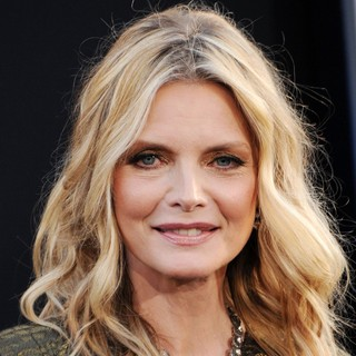 Michelle Pfeiffer in Dark Shadows Premiere