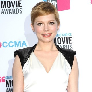Michelle Williams in 17th Annual Critic's Choice Movie Awards - Arrivals