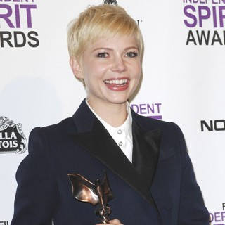 Michelle Williams in 27th Annual Independent Spirit Awards - Press Room