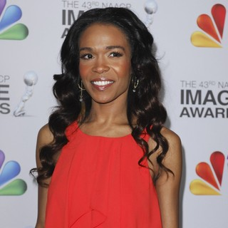 Michelle Williams (II) in The 43rd Annual NAACP Awards - Arrivals