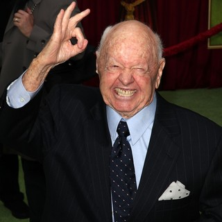 Mickey Rooney in The Premiere of Walt Disney Pictures' The Muppets - Arrivals