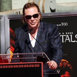 Mickey Rourke Is Honoured with A Hand and Footprint Ceremony - mickey-rourke-honoured-hand-and-footprint-ceremony-07
