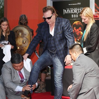 Mickey Rourke Is Honoured with A Hand and Footprint Ceremony - mickey-rourke-honoured-hand-and-footprint-ceremony-15
