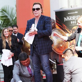 Mickey Rourke Is Honoured with A Hand and Footprint Ceremony - mickey-rourke-honoured-hand-and-footprint-ceremony-17