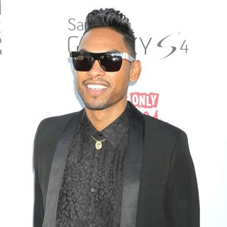Miguel in 2013 Billboard Music Awards - Arrivals
