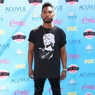 Miguel in 2013 Teen Choice Awards