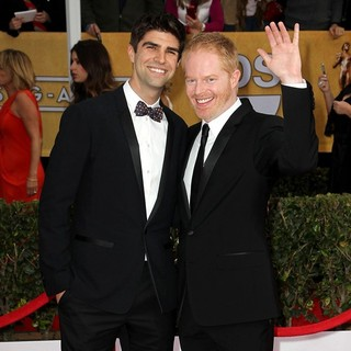 Justin Mikita, Jesse Tyler Ferguson in 19th Annual Screen Actors Guild Awards - Arrivals