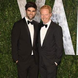 Justin Mikita, Jesse Tyler Ferguson in 2012 Vanity Fair Oscar Party - Arrivals