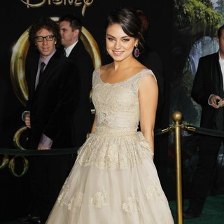 Mila Kunis in Oz: The Great and Powerful - Los Angeles Premiere - Arrivals