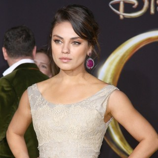 Mila Kunis - Oz: The Great and Powerful - Los Angeles Premiere - Arrivals