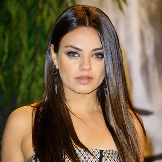 Mila Kunis - U.K. Premiere of Oz: The Great and Powerful - Arrivals