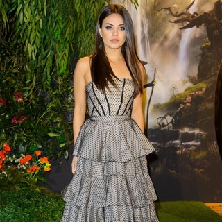 Mila Kunis in U.K. Premiere of Oz: The Great and Powerful - Arrivals