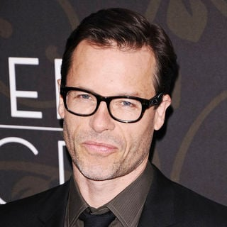 "Guy Pearce in The New York Premiere of ""Mildred Pierce"" - Arrivals"