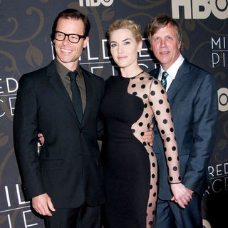 "Guy Pearce, Kate Winslet, Todd Haynes in The New York Premiere of ""Mildred Pierce"" - Arrivals"
