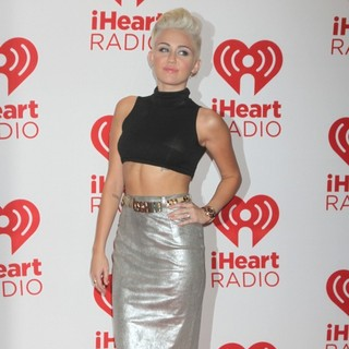 Miley Cyrus in 2012 iHeartRadio Music Festival - Day 1 - Arrivals