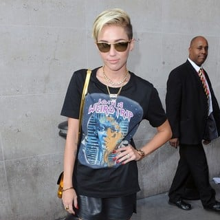 Miley Cyrus in Miley Cyrus Arrives at The BBC Radio 1 Studios
